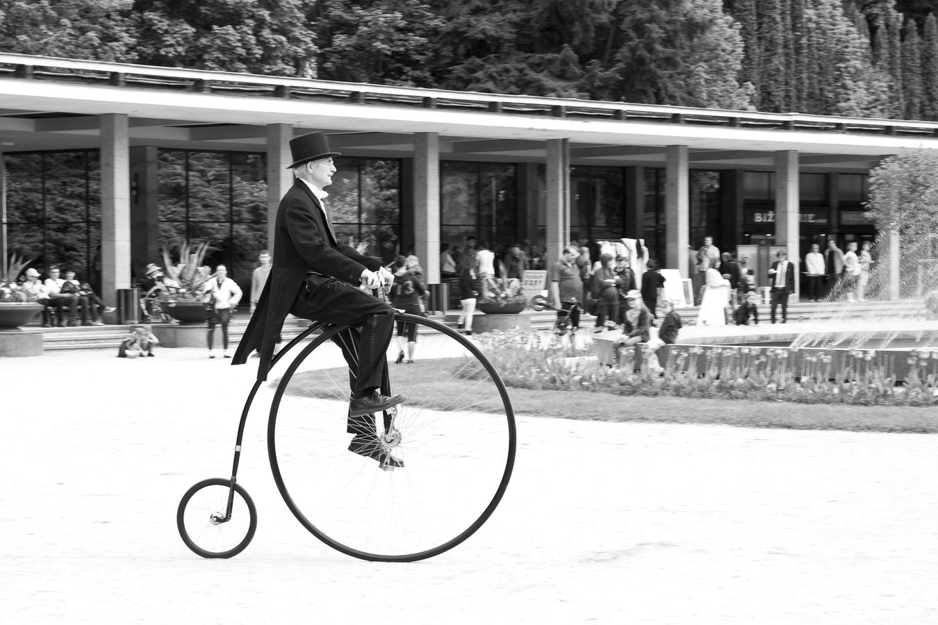 Luhačovický velocipedista