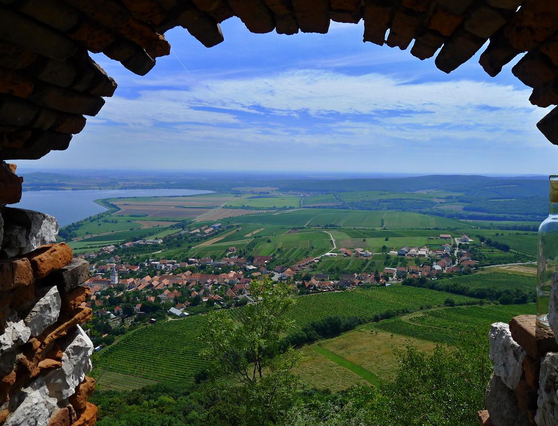 Pavlov - vinařská obec