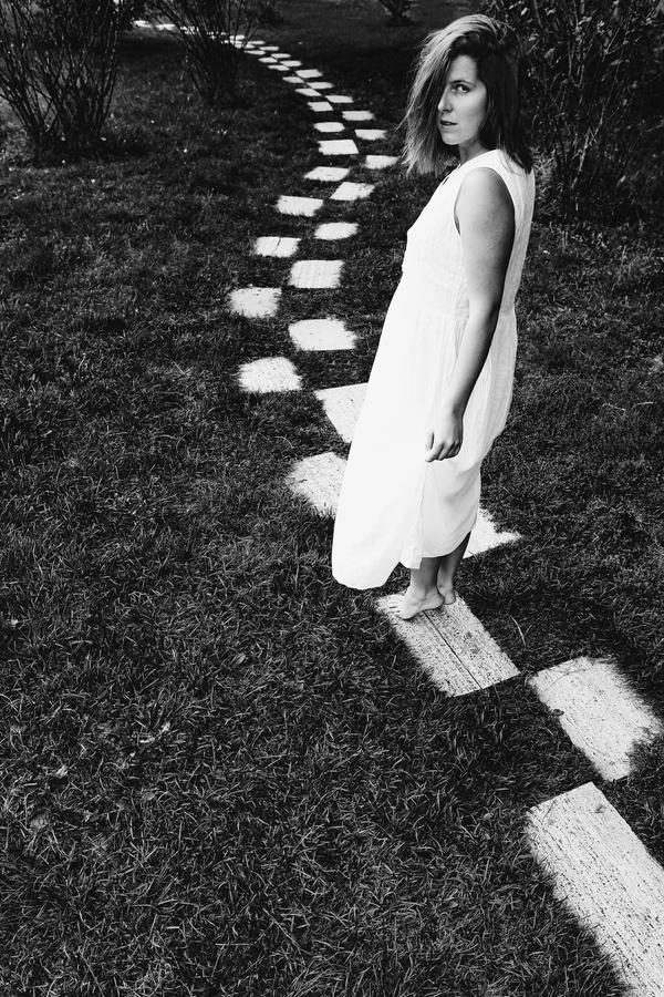 Často se ptáme ostatních na cestu, odpověď však nakonec nacházíme jen a jen v sobě..