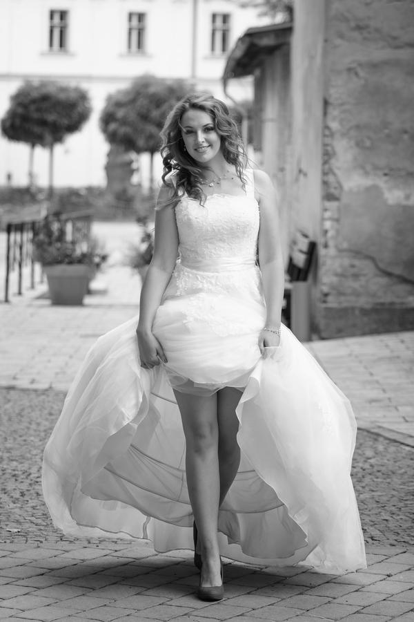 Svatební móda