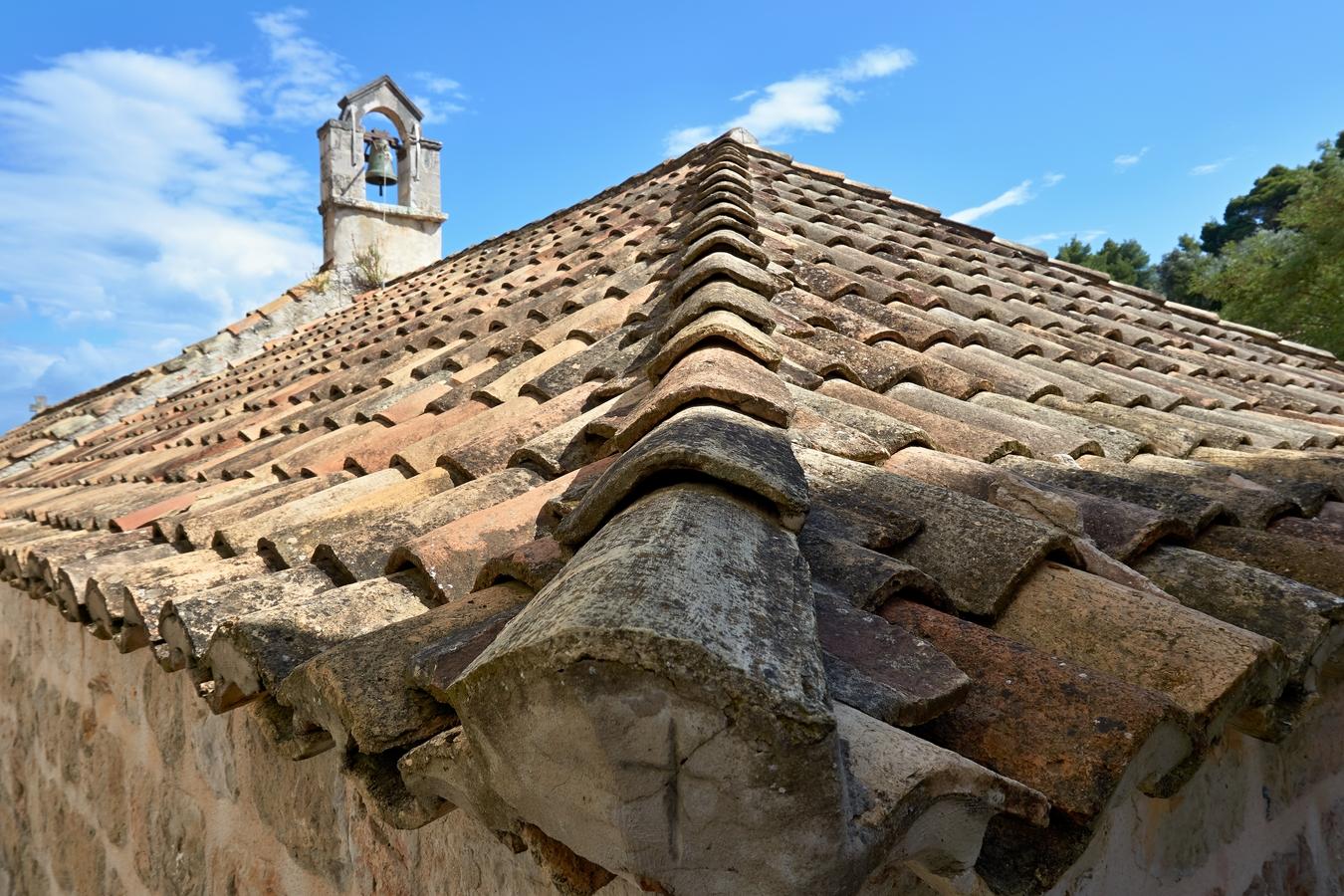 Střecha se zvoničkou