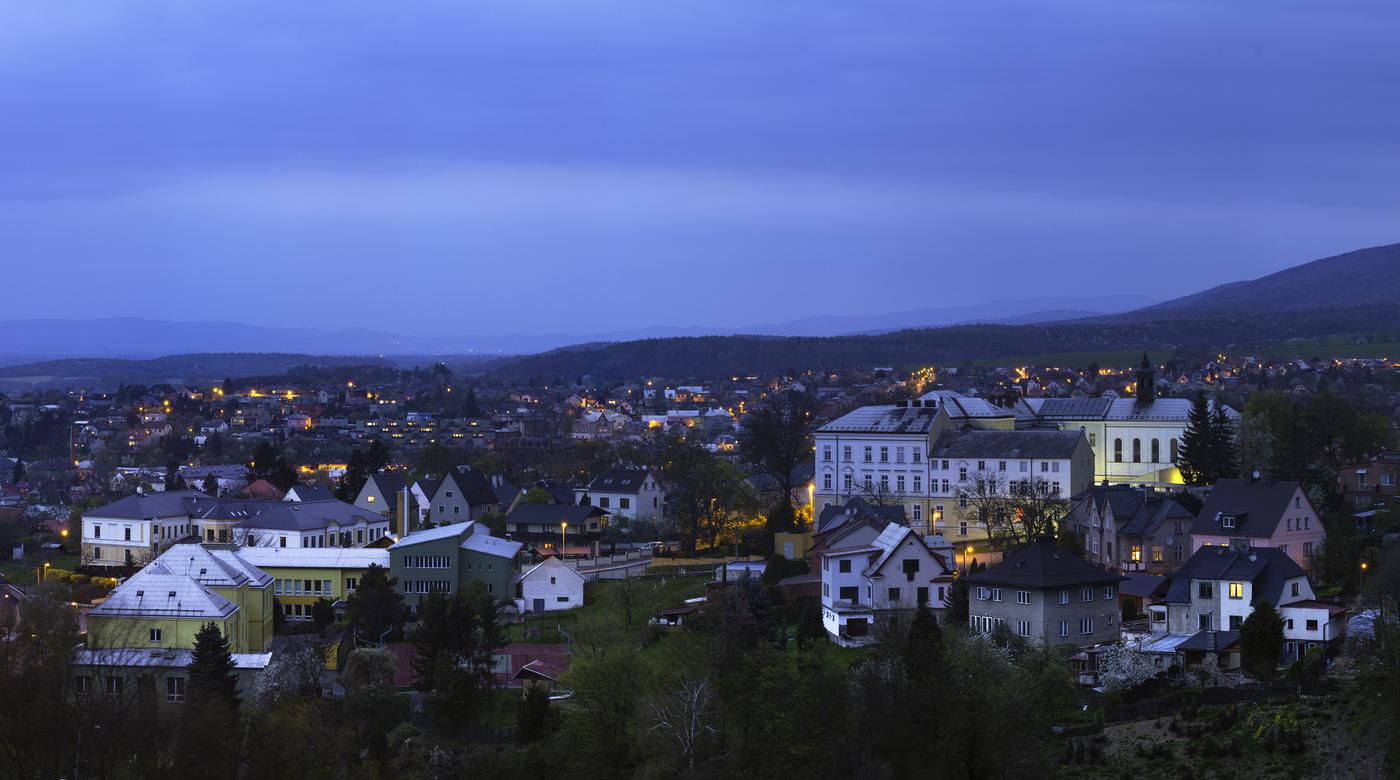 Noční panoráma Šternberka