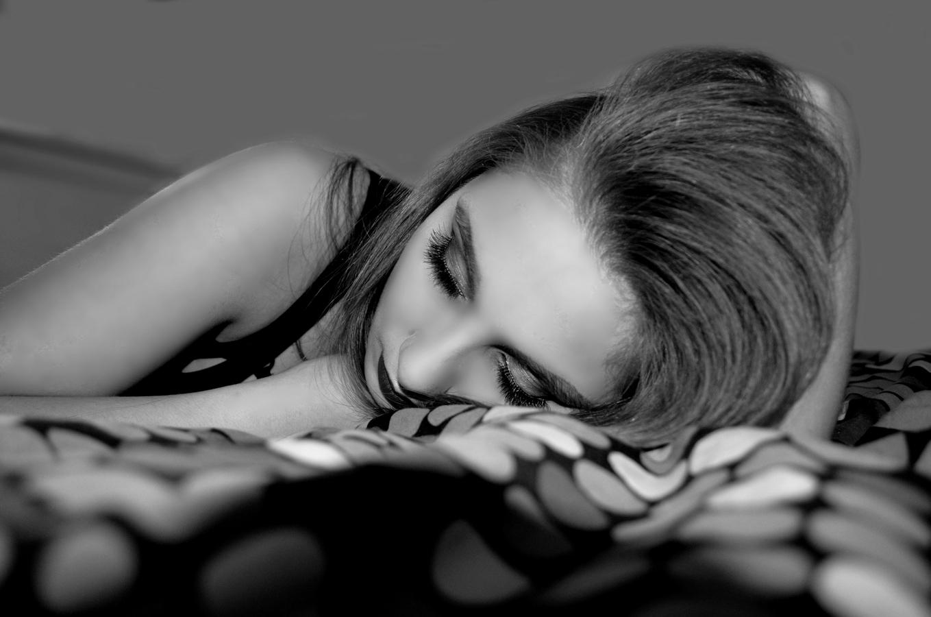 Existují dva druhy únavy. Jeden je naléhavá potřeba spánku a druhý je naléhavá potřeba vnitřního klidu.
