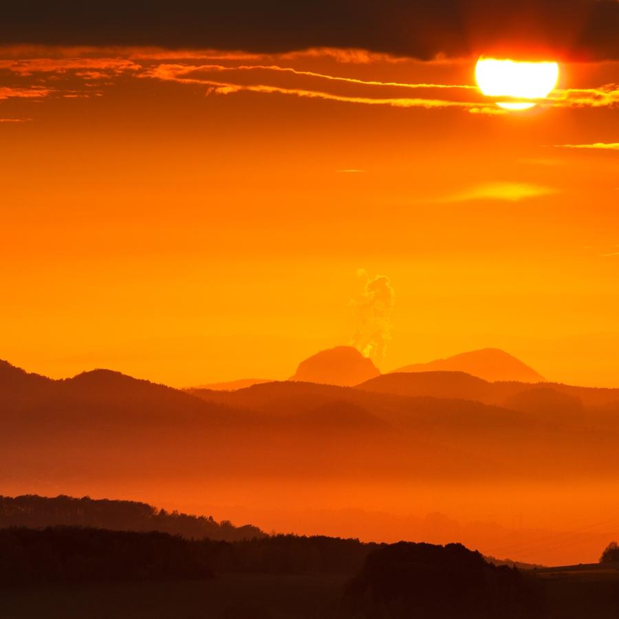 Zlatý západ slunce