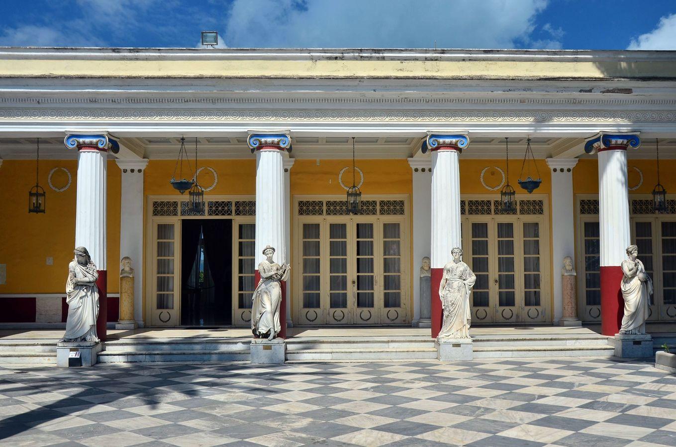 Komnaty císařovny Sissi na Korfu.