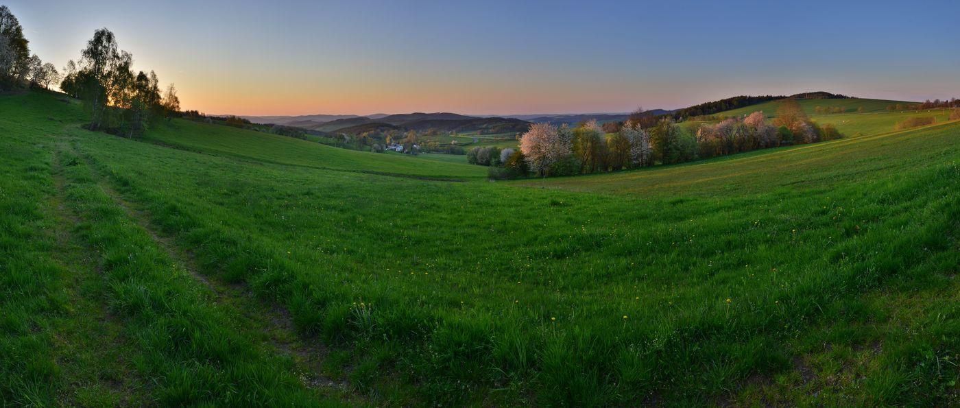 jarní výhled z Čachrova