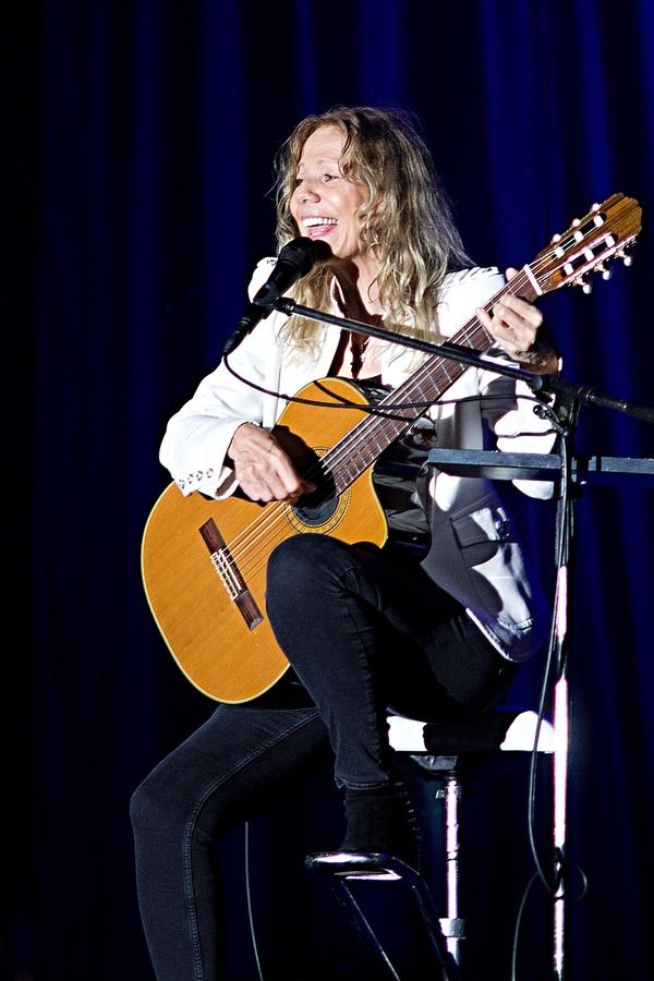 Vesela Lenka Filipova.