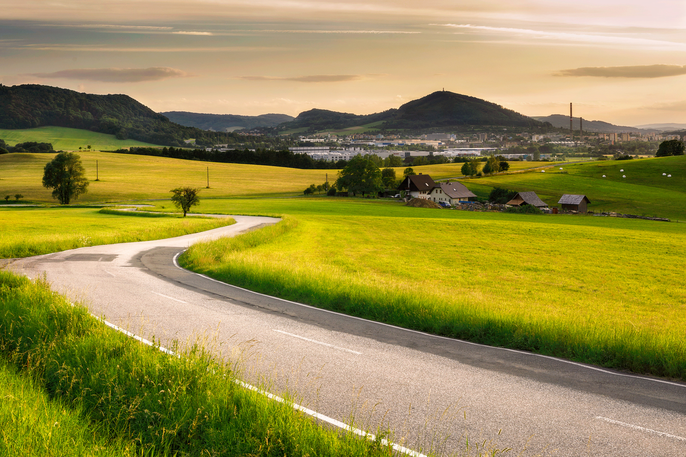 Cesta z Hukvald na Kopřivnici