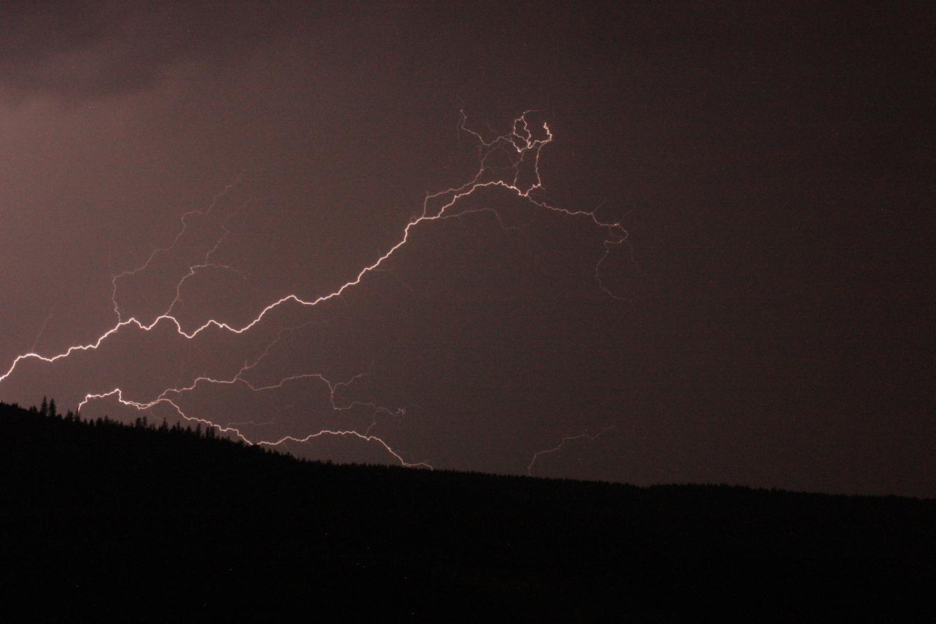 Srpnová bouřka -  bleskem oživené nebe
