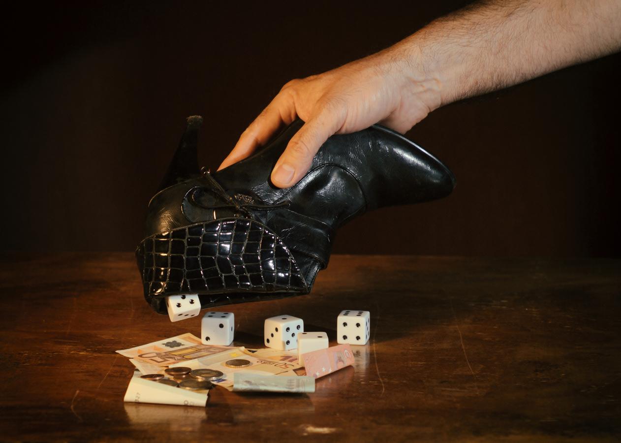 V područí hazardu