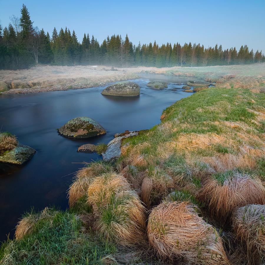 Šutry-voda-tráva