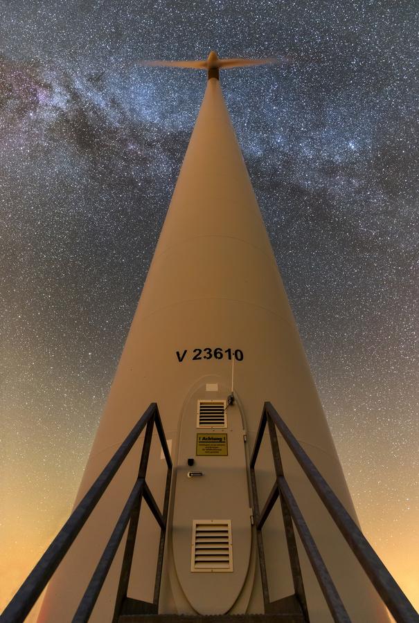V 23610