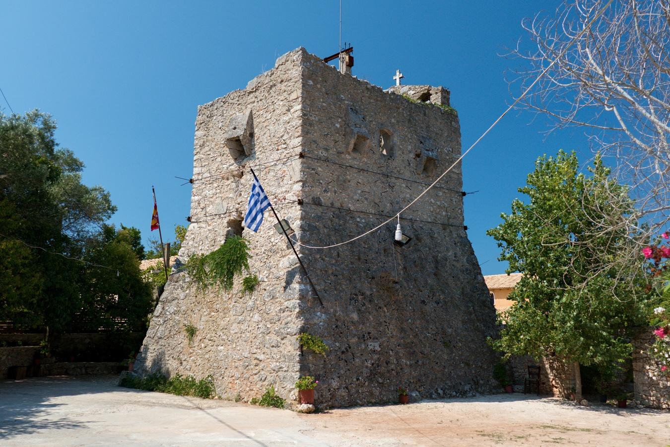 Obranná klášterní věž