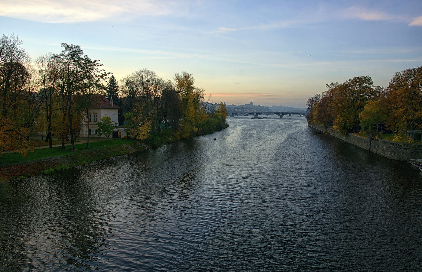 Z mostu Legií III