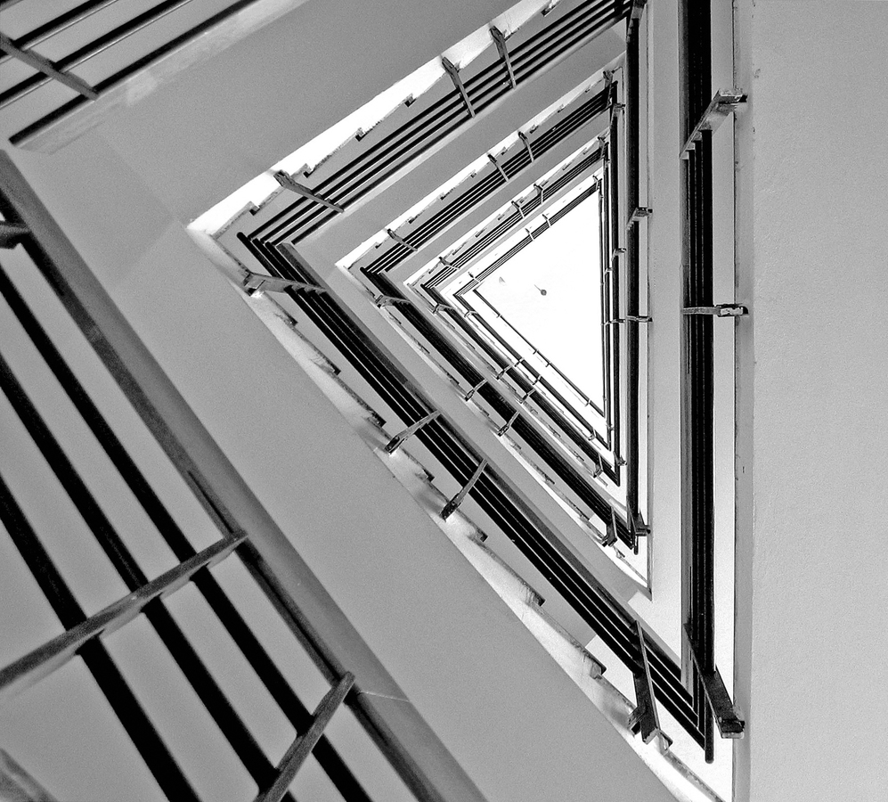 """""""Točité"""" schodiště v paneláku"""