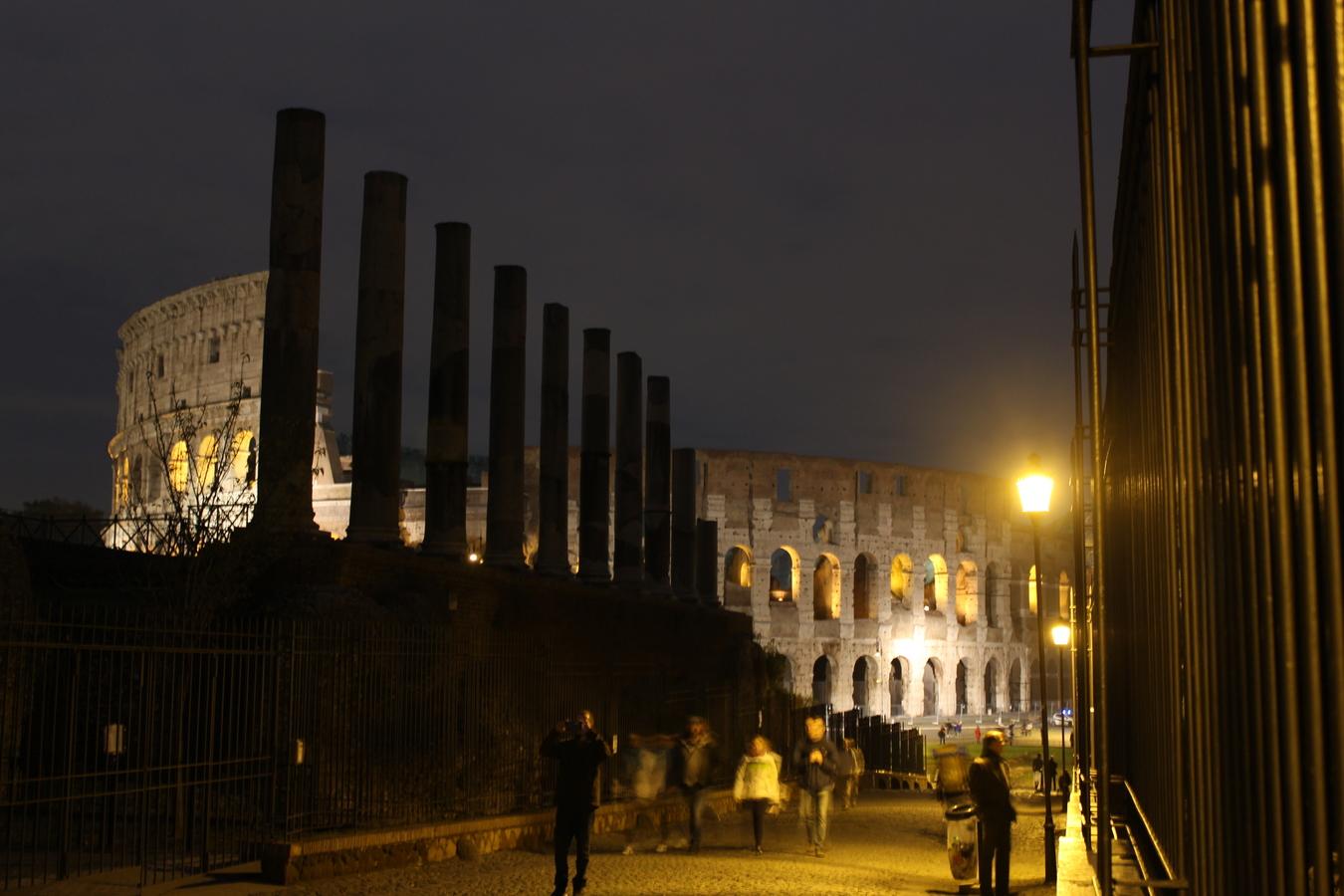 Noční Coloseum