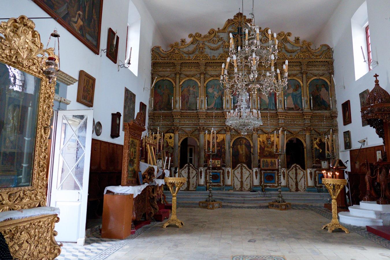 Oltář kostela Saint Nikolaos Molou