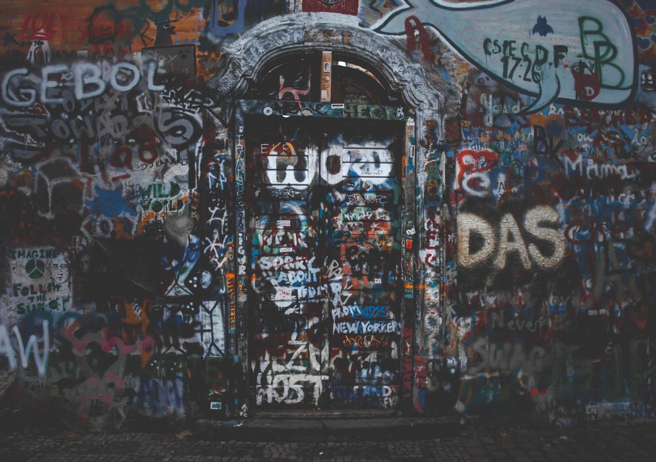 dveře míru
