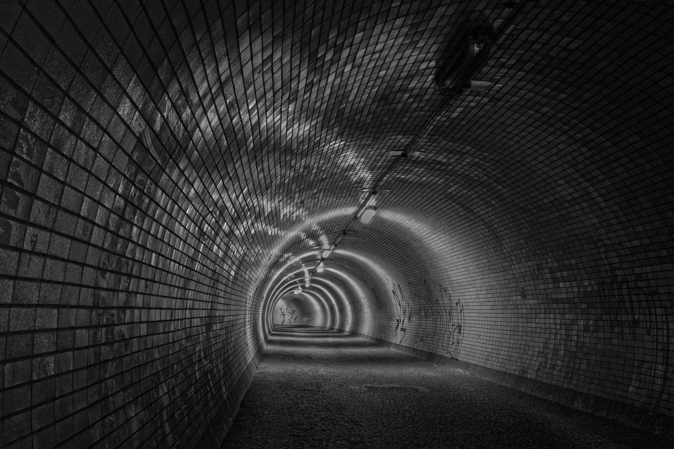 Tmavý tunel