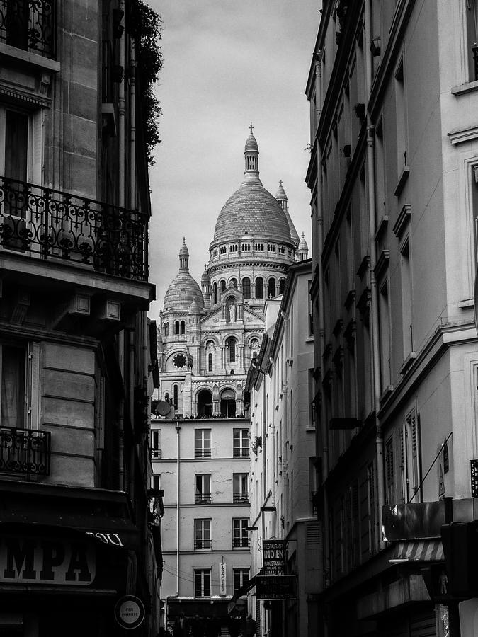 Ukrytý monument Sacré-Coeur