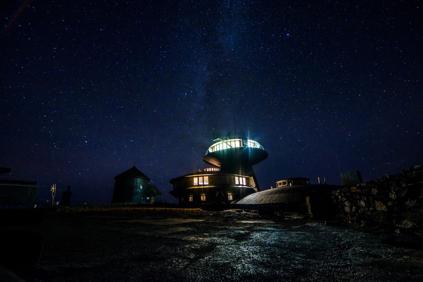 Ufo pod hvězdami ...