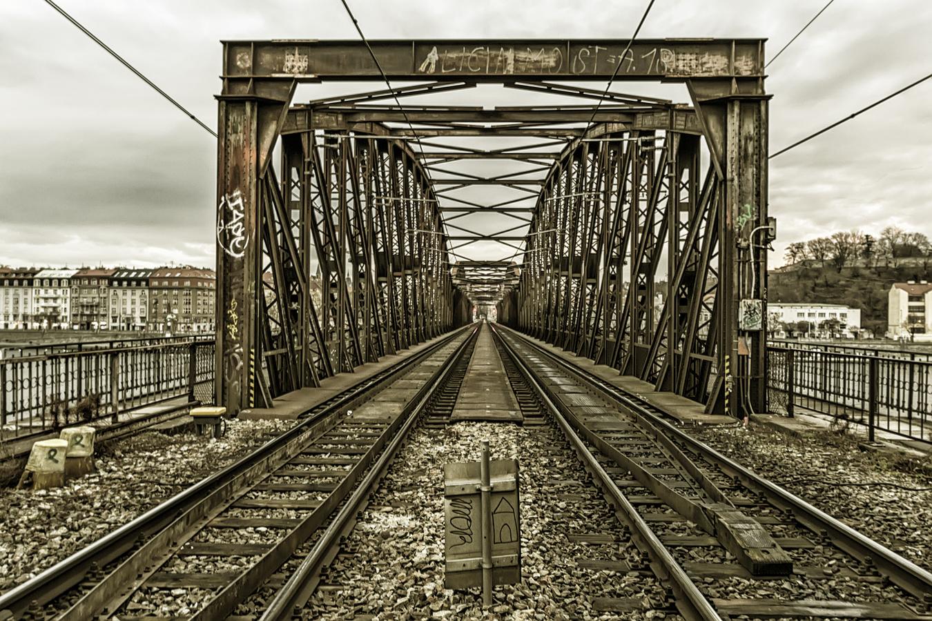 Most do nikam...