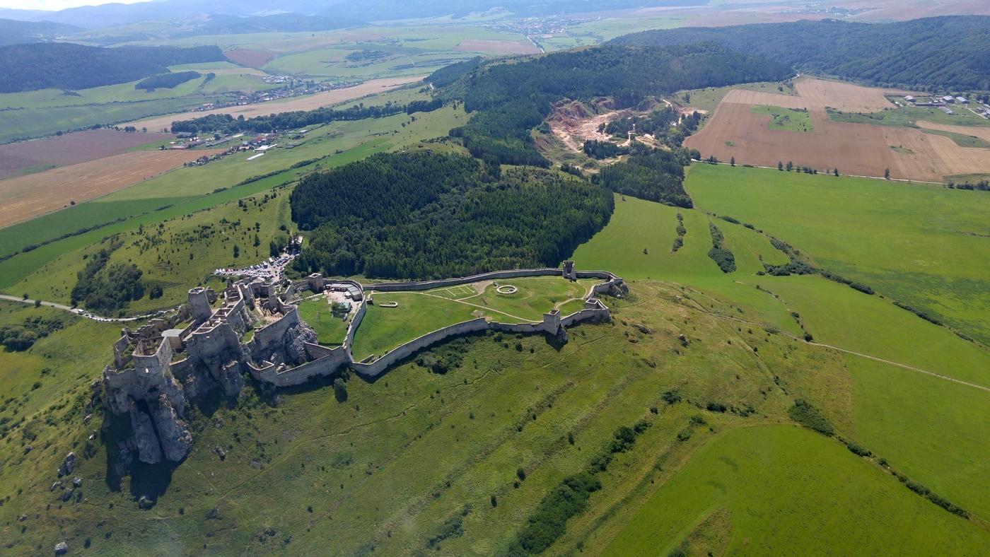 Vyhliadkový let nad Spišským hradom