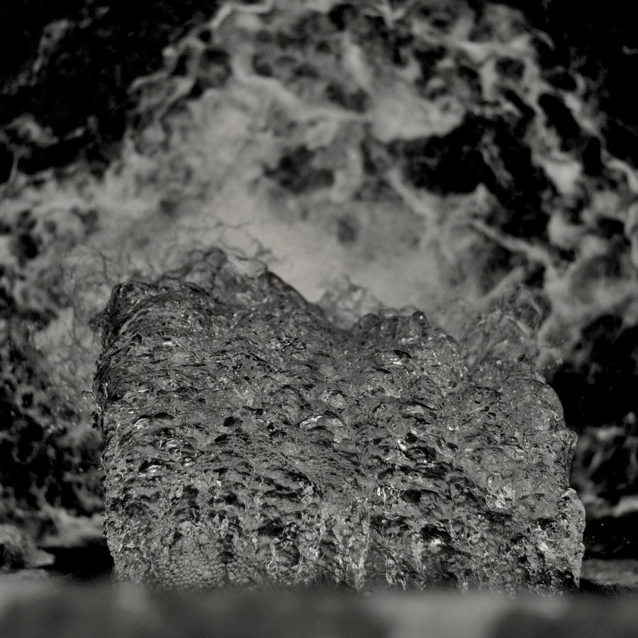 A voda padá, padá