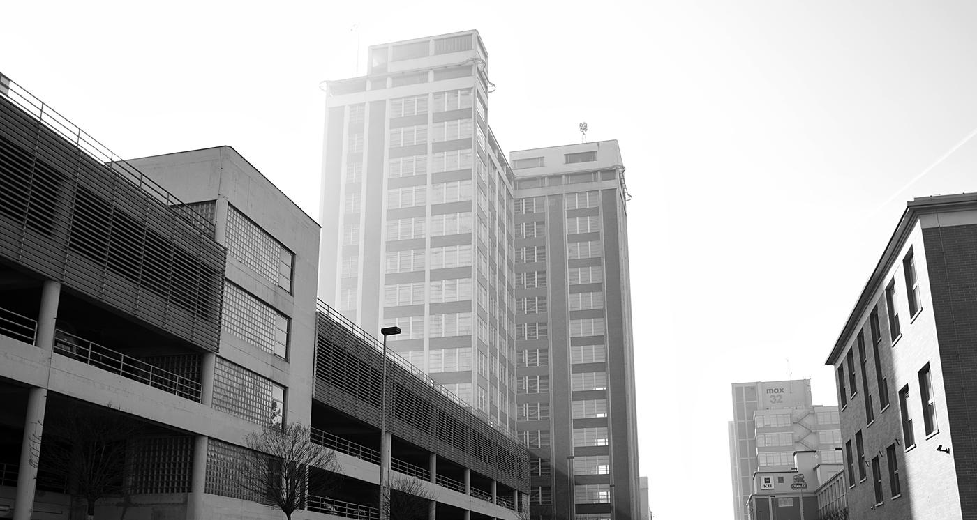 Zlínský mrakodrap aneb světlo a smog