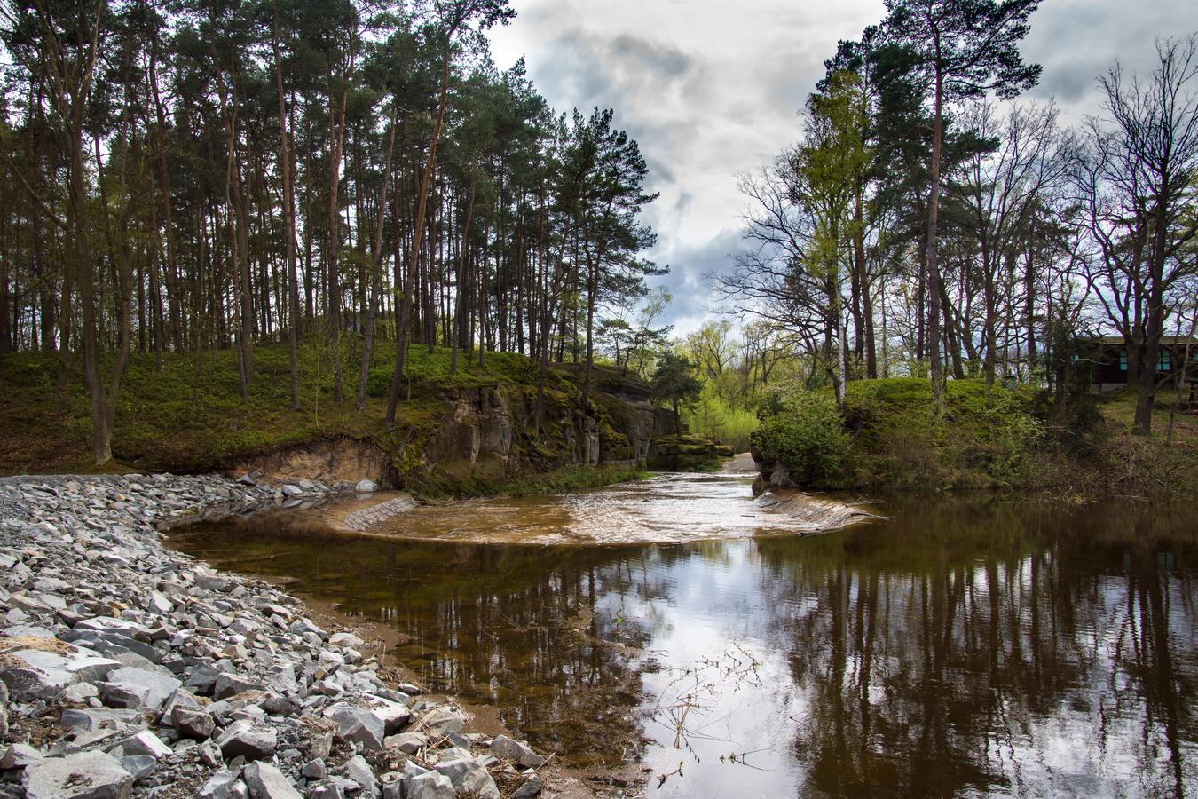 Hrázný rybník