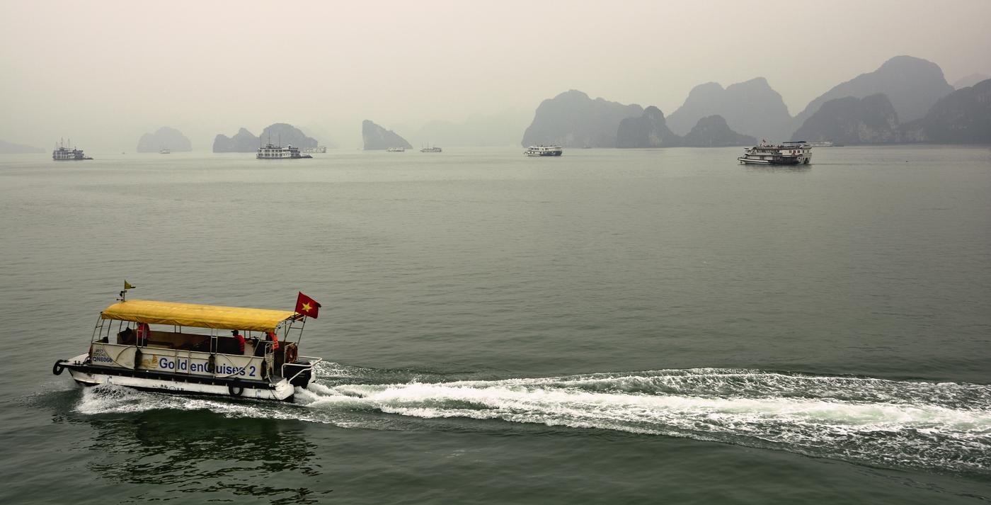 v Ha Long Bay