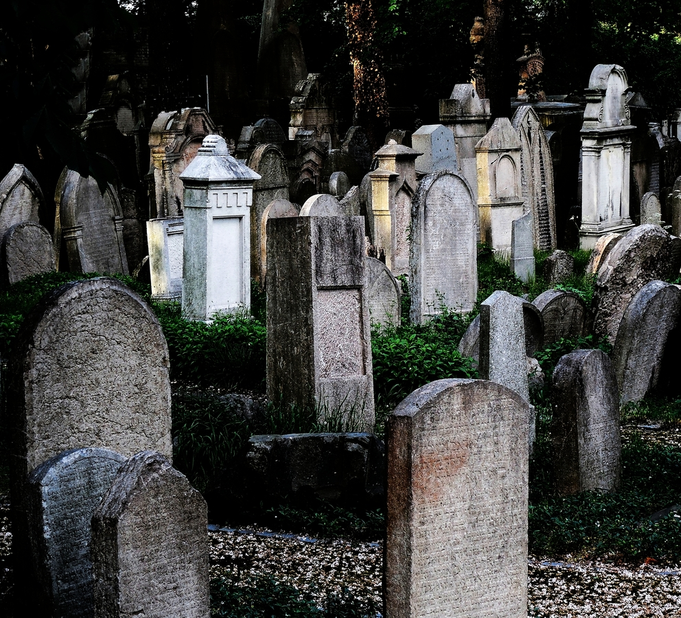 Židovský hřbitov.