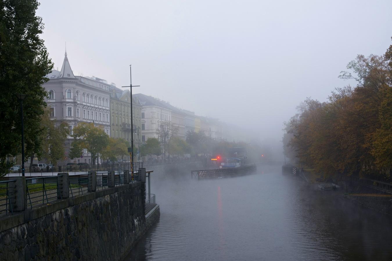 Ráno u Vltavy II