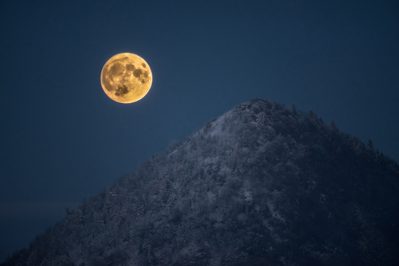 Supermoon na vrcholu