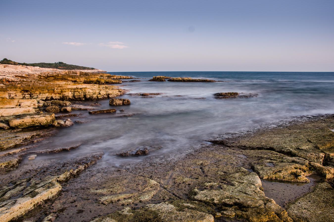 Podvečerní pobřeží Jadranu