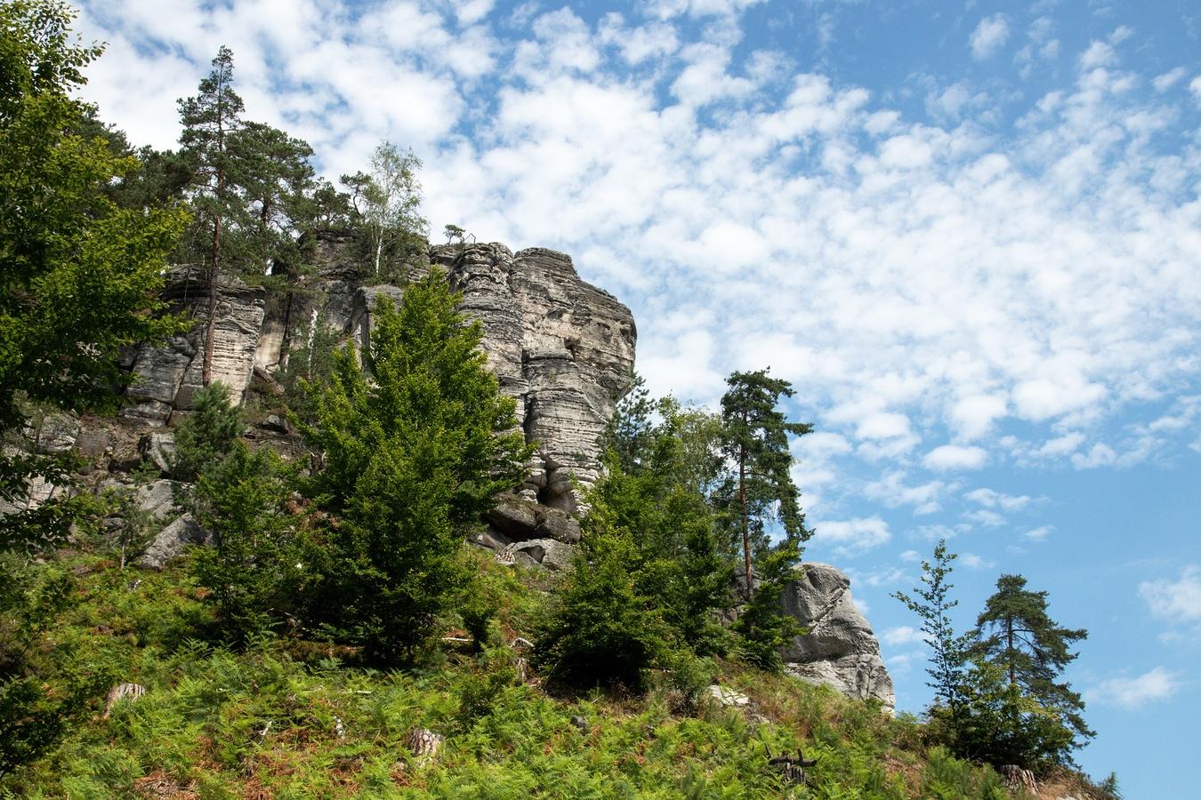 Cestou necestou Hruboskalskem