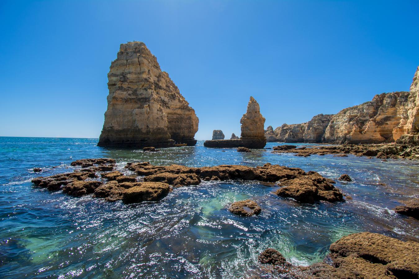 Praia dos Pinheiros, Portugalsko