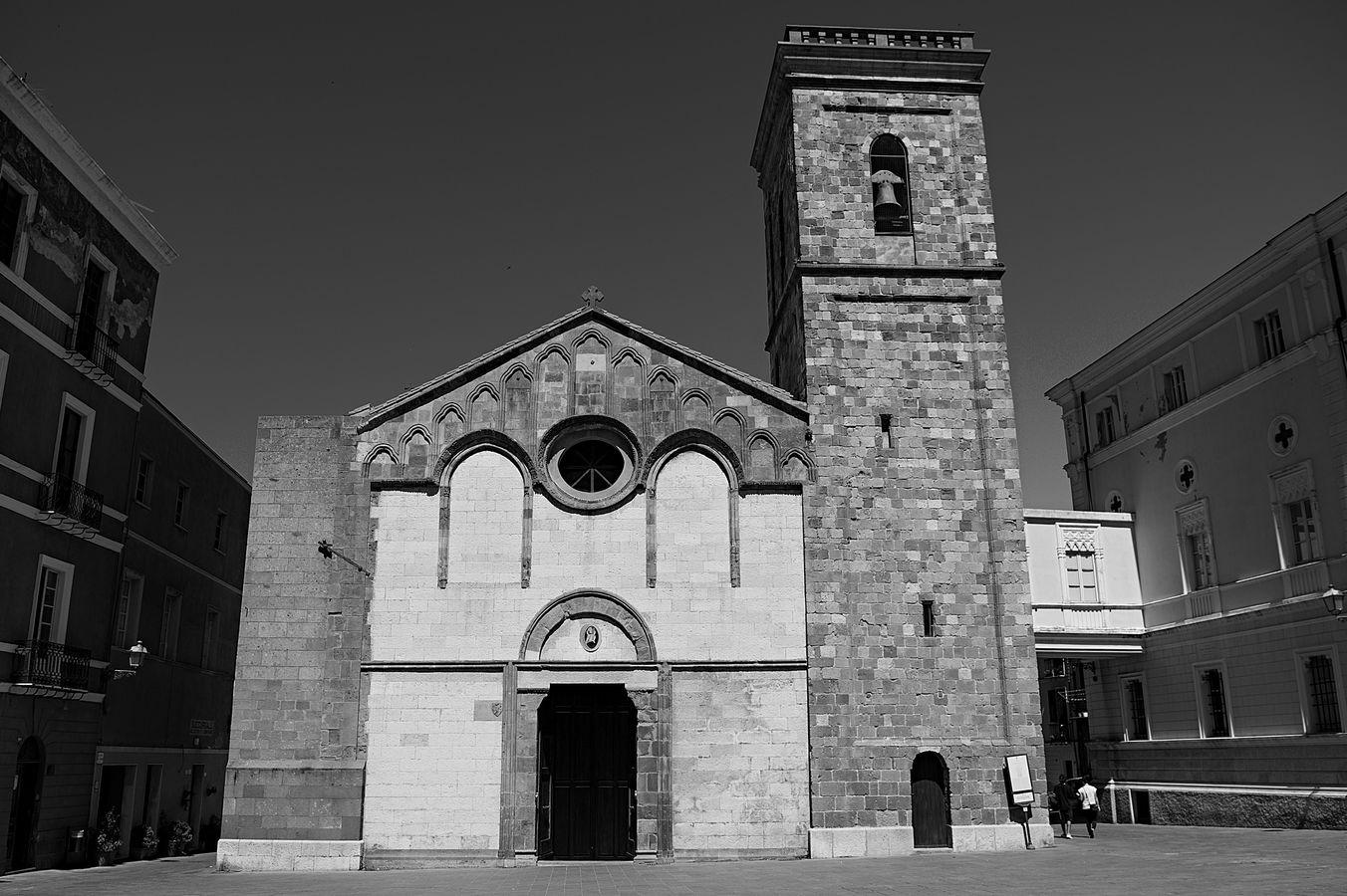 kostolna námestí