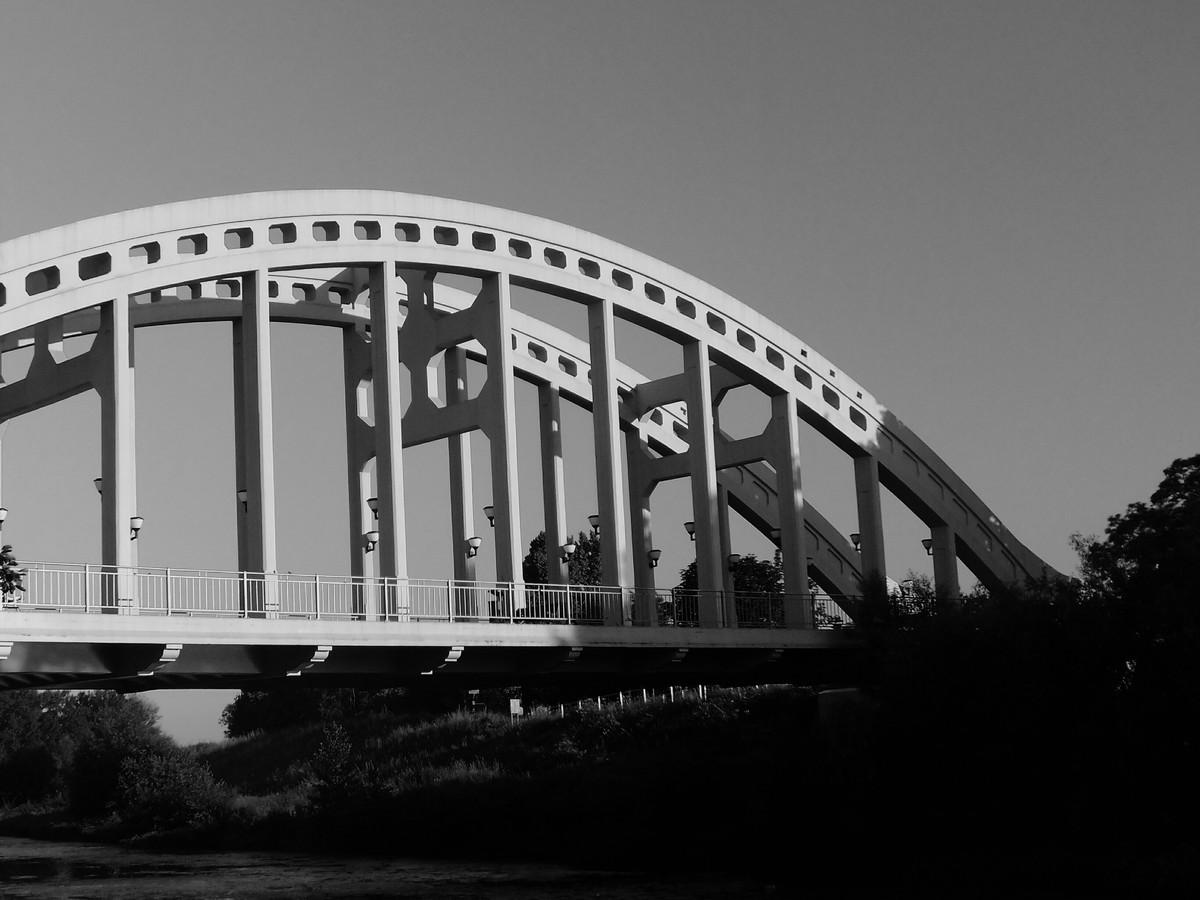 Most přes řeku Olši