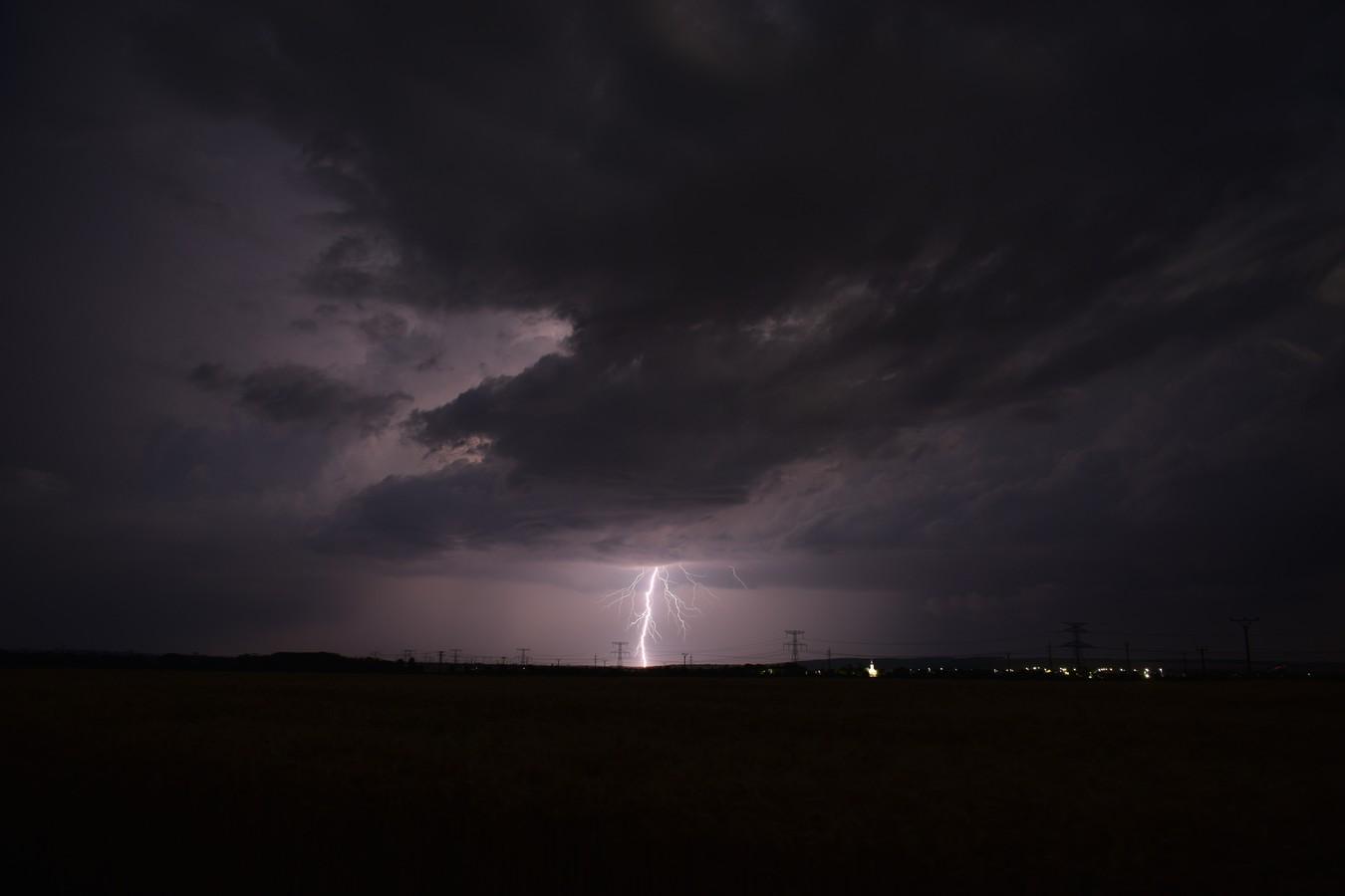 Búrka v poli