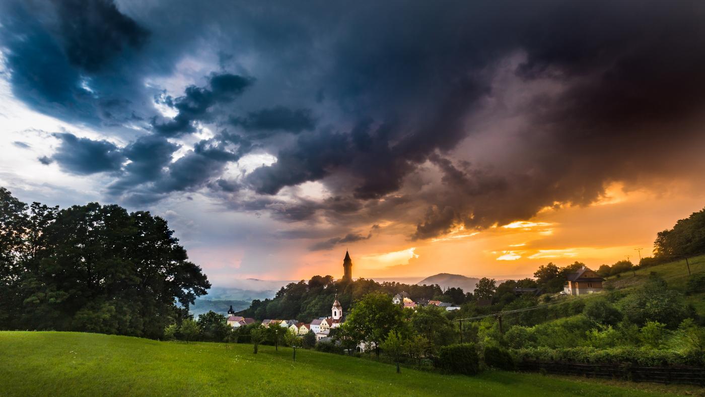 Podvečení Štramberk po masivní bouři