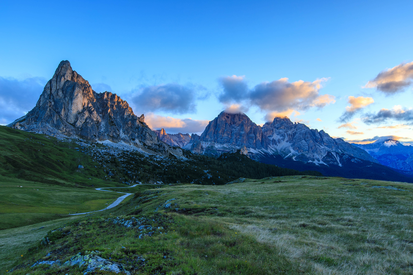 Ra Gusela-paso Giau.Dolomity
