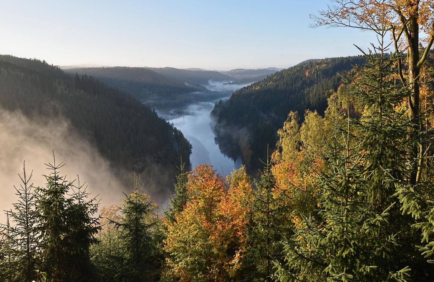 Ranní údolí Teplé řeky