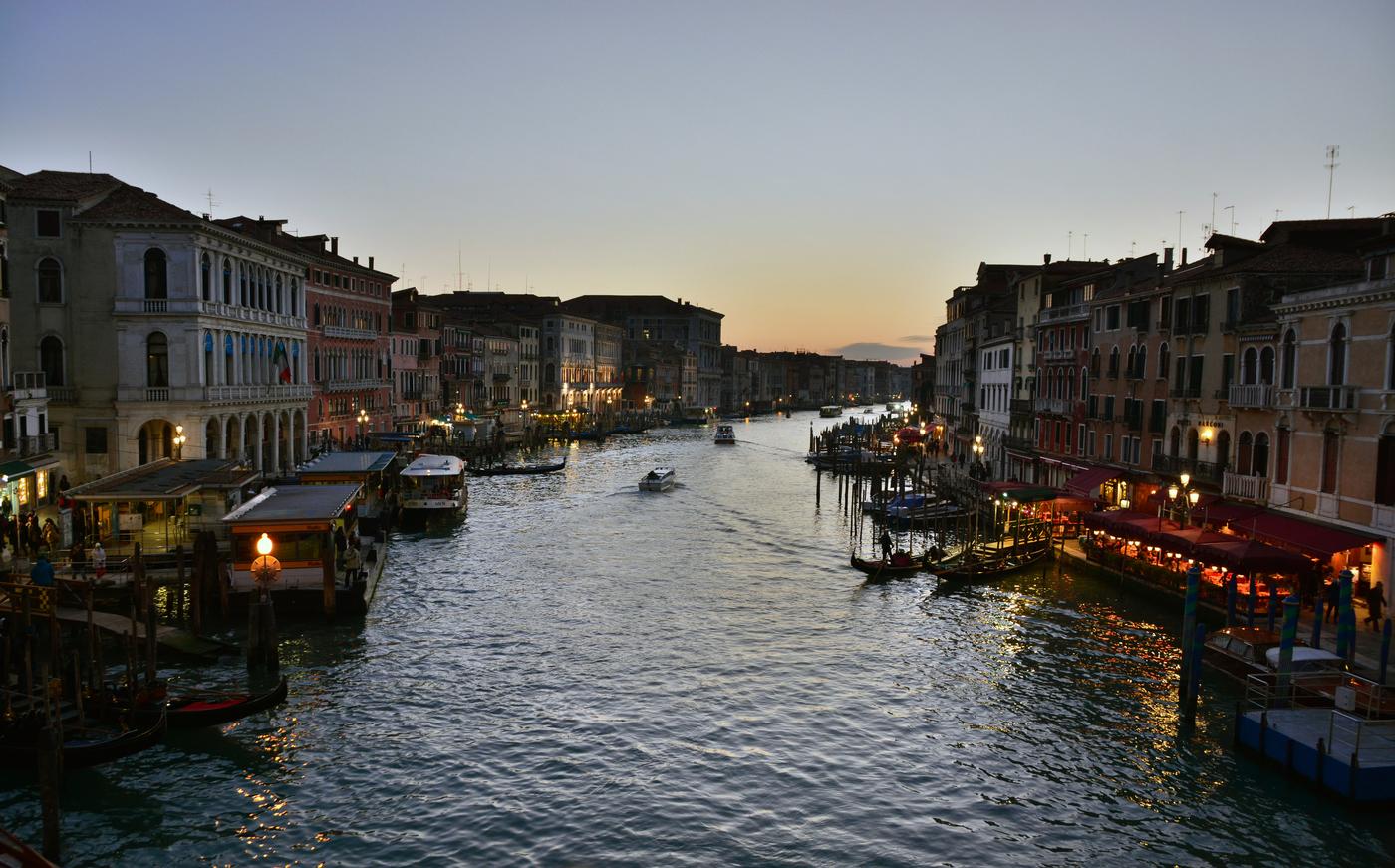 Stmívání v Benátkách
