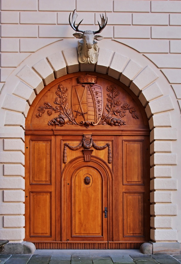 Prostě vrata.