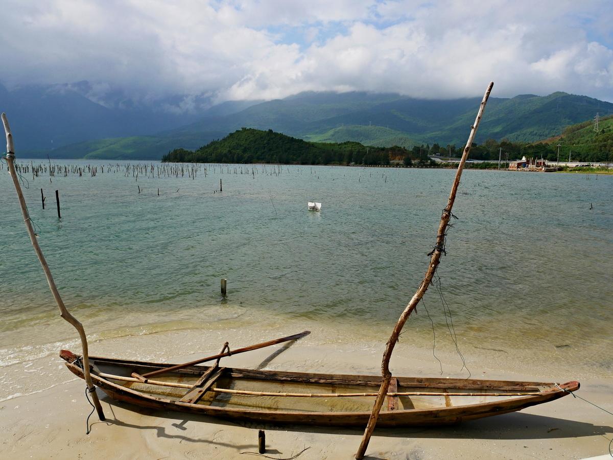 Záliv Pacifiku pod průsmykem Hai Van
