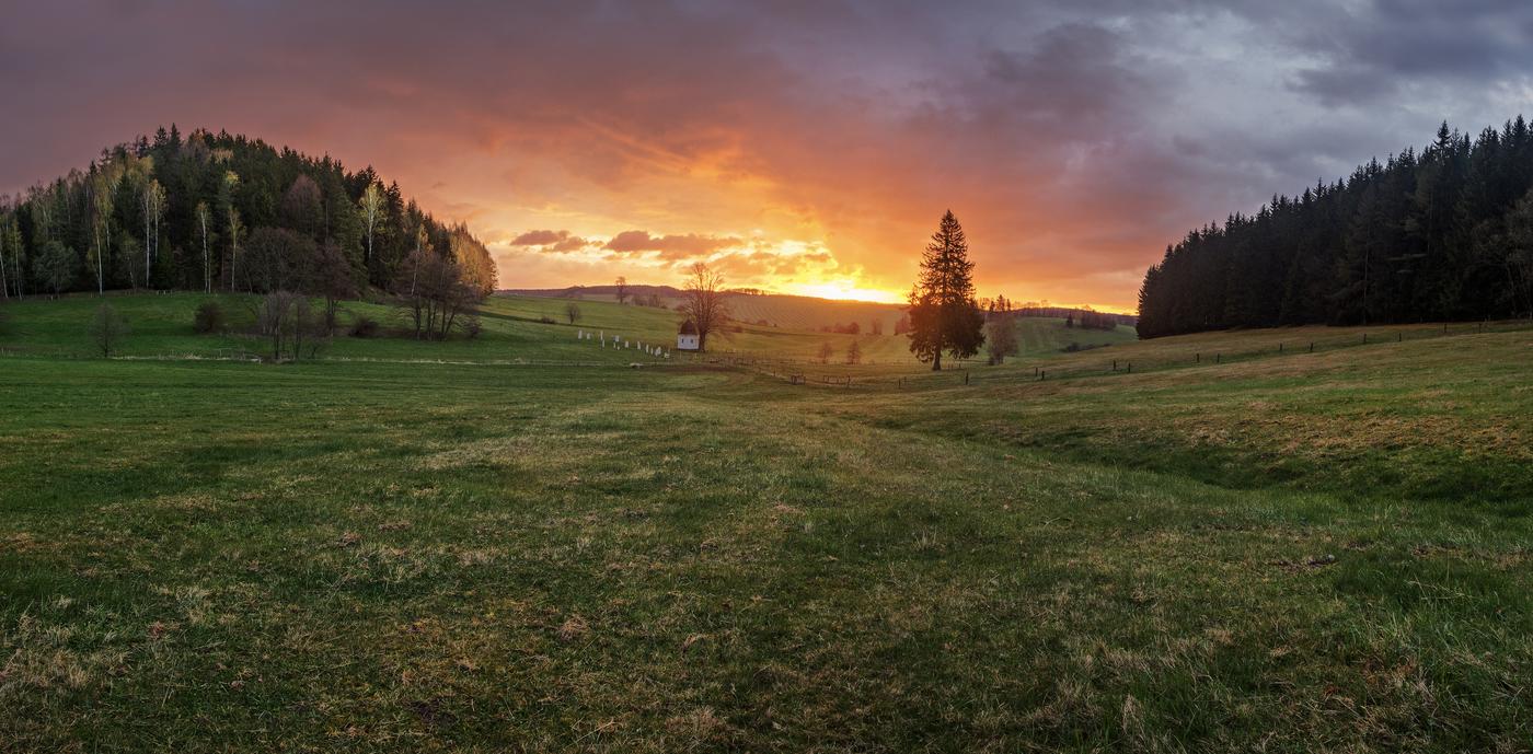 Východ slunce nad Adršpachem