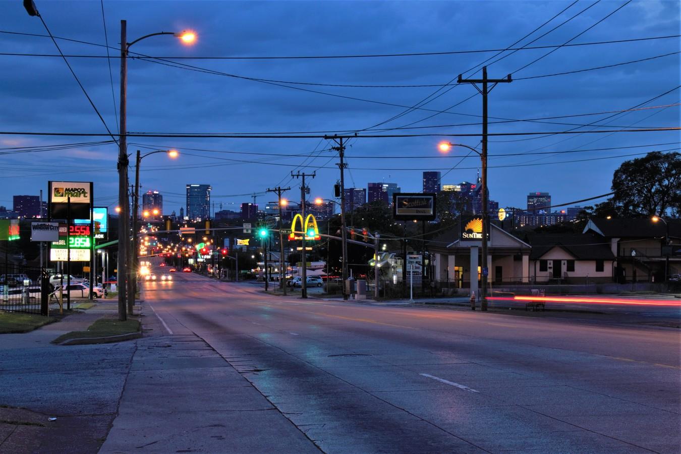 Noční Nashville.