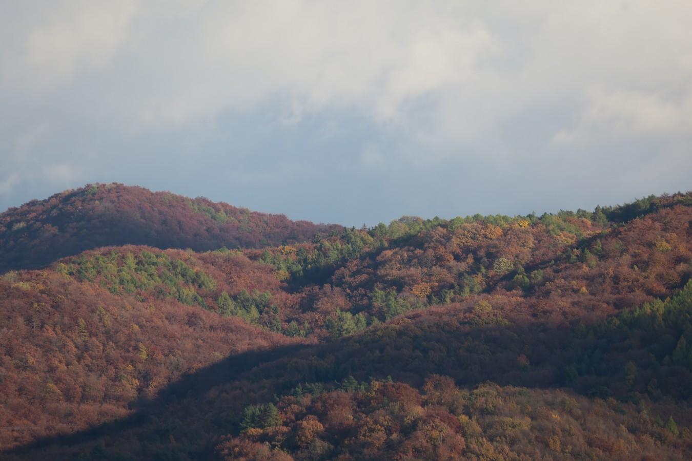 Horami a dolinami