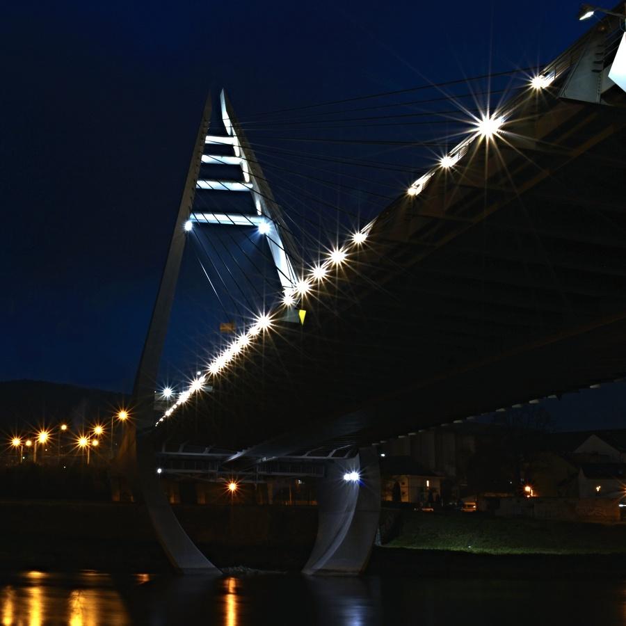 Marianský most